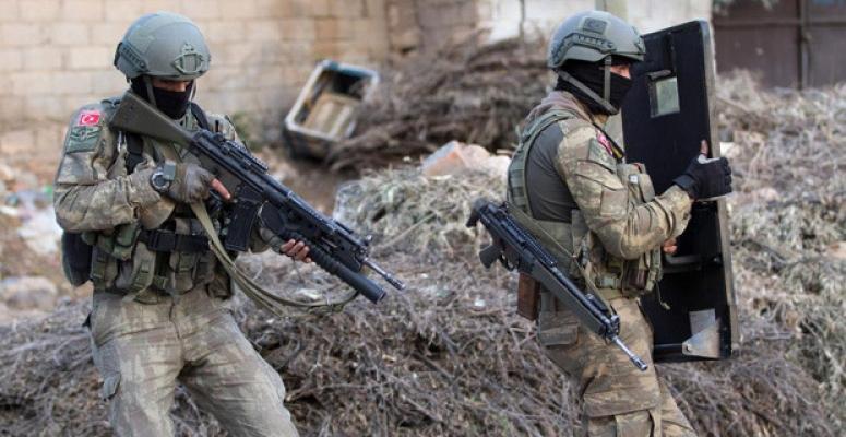 Tunceli'de terör operasyonu: 2 asker yaralı