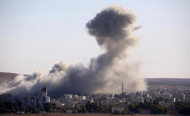 Musul'da 42 sivil enkaz altında
