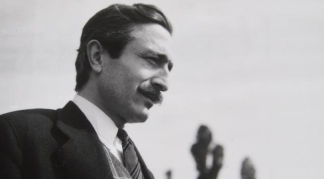 Özdemir Asaf'ın şiirleri Fransızcaya çevrilerek yayımlandı
