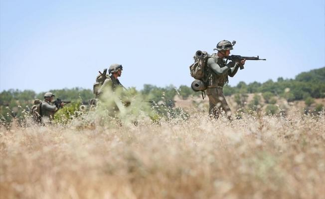 Terör örgütü PKK'ya ait 3 katlı sığınak bulundu