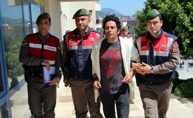 Oyuncu Selim Erdoğan adliyeye sevk edildi