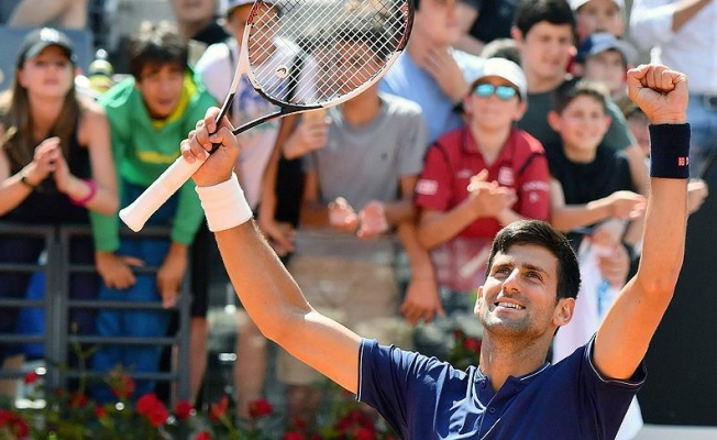 Djokovic Roma'da yarı finalde