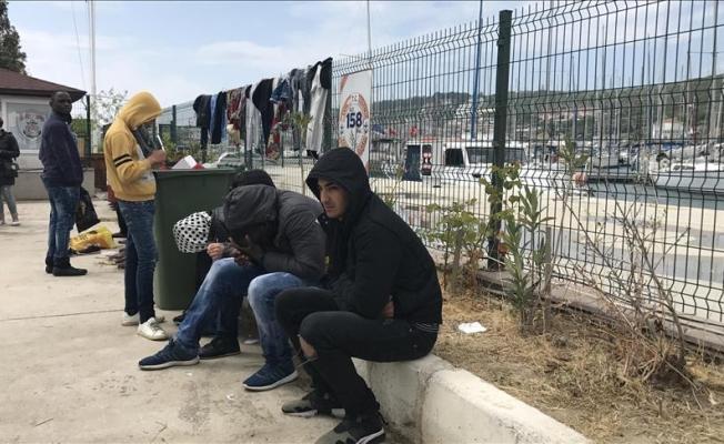 Göçmenler boğulmaktan kurtarıldı