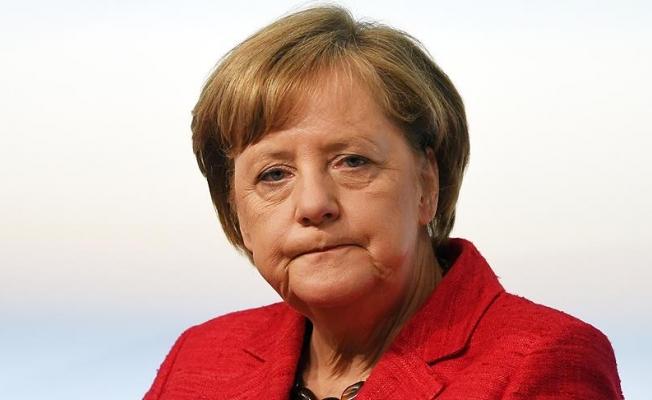 Merkel ile Putin Kuzey Kore ve Ukrayna'yı görüştü