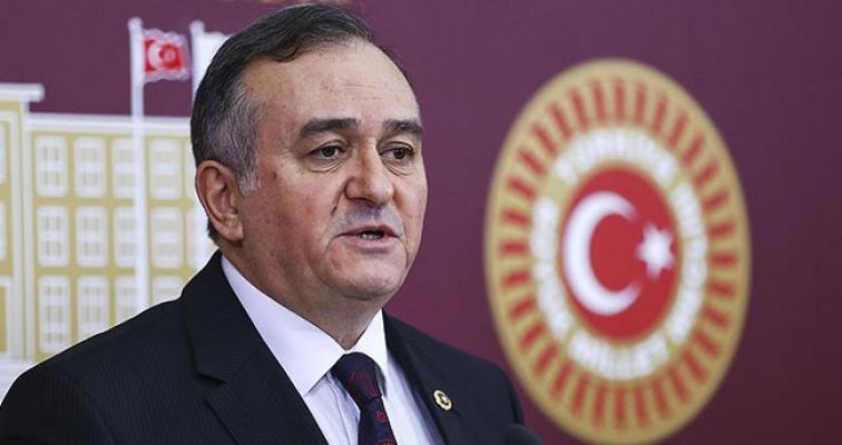 MHP'li Akçay: Kuru üzüm için taban fiyatı en az 5 lira olmalıdır