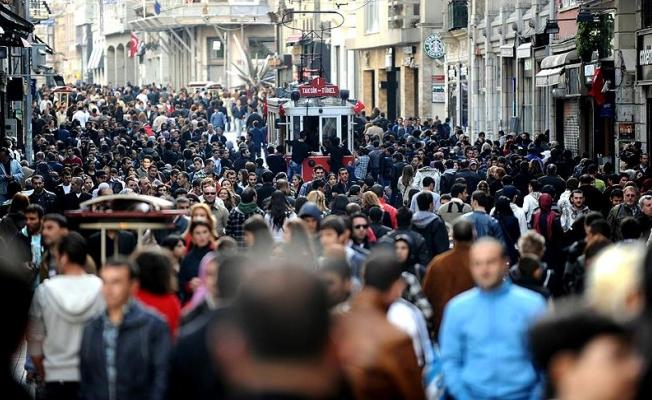 Türkiye'de nüfusun yüzde 16,3'ünü gençler oluşturuyor