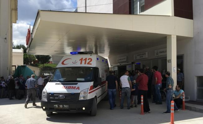 Burdur'da işçileri taşıyan otomobil devrildi: 1 ölü, 5 yaralı
