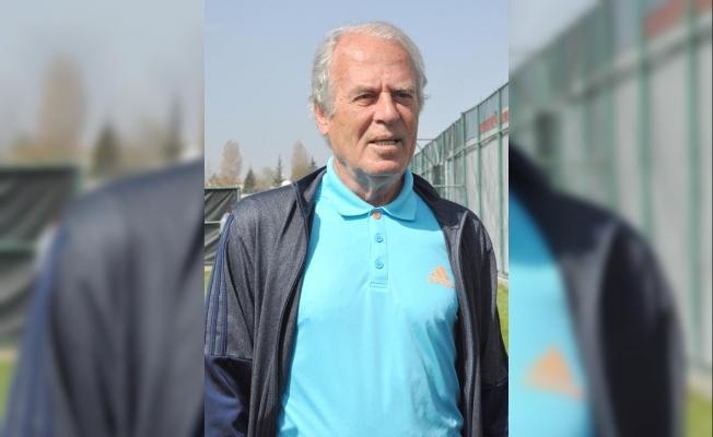 Mustafa Denizli yeniden İran'da