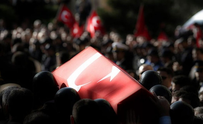Şehit Uzman Çavuş Arslan'ın cenazesi memleketi Balıkesir'de toprağa verildi