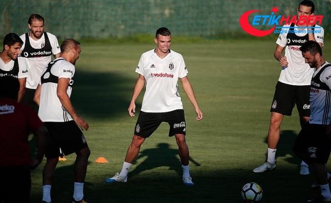 Beşiktaşlı Pepe, Penaltıya Sebebiyet Verdiği İçin Maç Sonu Ağladı