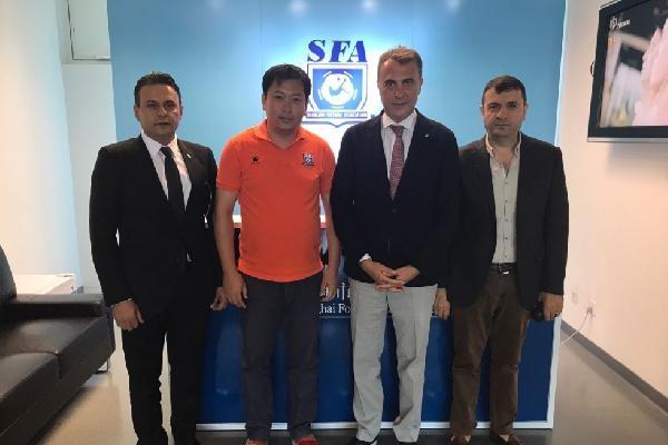 Fikret Orman, Şanghay Futbol Federasyonu'nu ziyaret etti