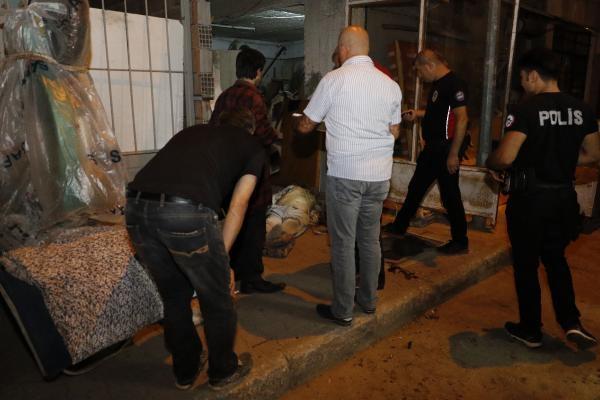 İnşaat işçisi sokakta ölü bulundu