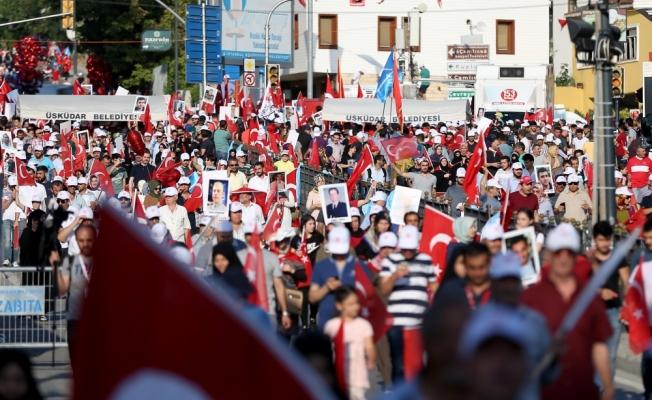 """İstanbul'daki """"Milli Birlik Yürüyüşü"""" başladı"""