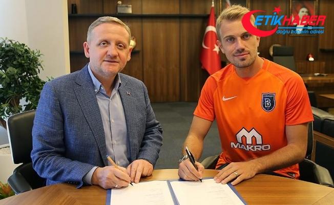 Mert Günok, Medipol Başakşehir'e imzayı attı