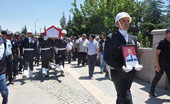 Şehit polis memuru son yolculuğuna uğurlandı