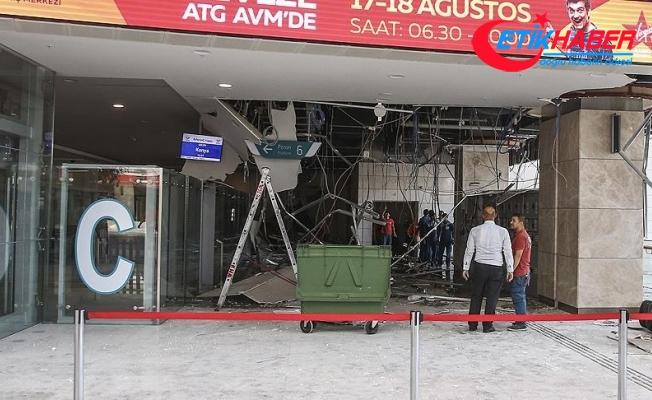 Ankara YHT Garı'nda asma tavan çöktü