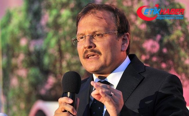 Çavuşoğlu: Türkiye'nin yanında milli bir duruş bekliyoruz