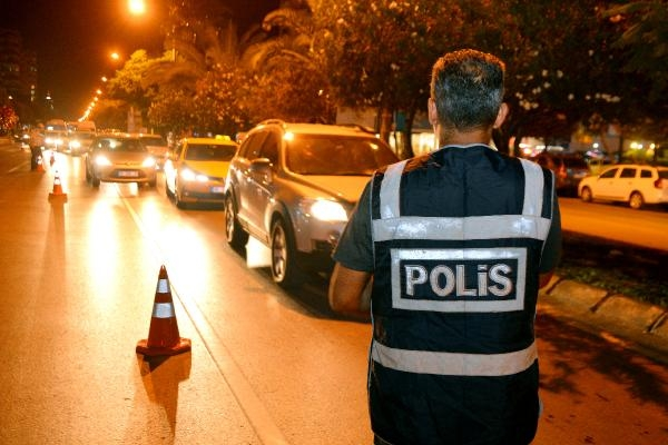 Adana'da 1500 polis ile hava destekli asayiş uygulaması