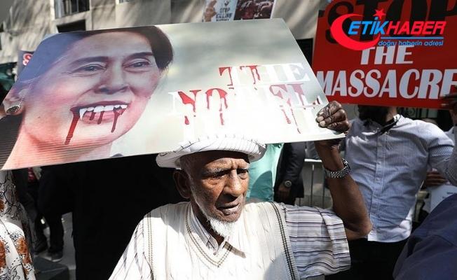 Amerikalı Müslümanlar New York'ta Myanmar'ı protesto etti