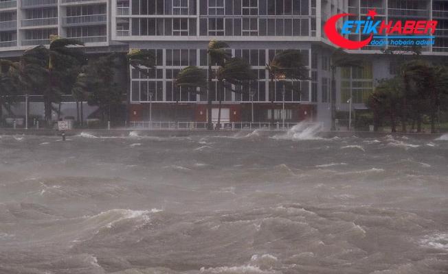 Florida'da Irma kasırgasının ardından 180 bin kişi barınaklarda kalıyor