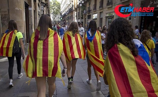 İspanya'da, Katalanlara 'referanduma katılmayın' çağrısı