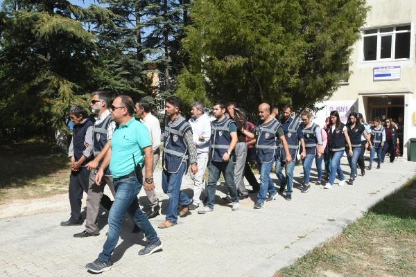 FETÖ'nün mali yapılanmasına operasyon: 53 gözaltı