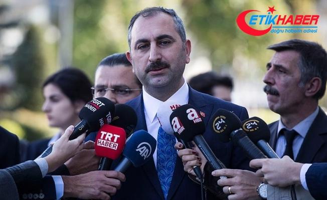 """Adalet Bakanı Gül:  """"Bakanlık Müsteşarı Kenan İpek kendi isteğiyle ayrıldı"""""""