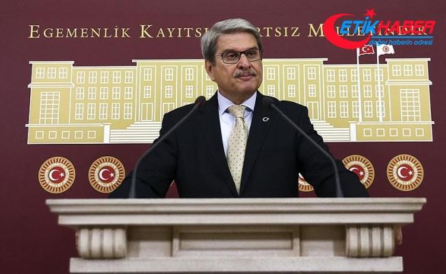 CHP İzmir Milletvekili Aytun Çıray, partisinden istifa etti