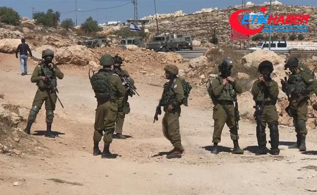 Filistinliler yıllardır kapalı olan köy yollarının açılmasını istiyor