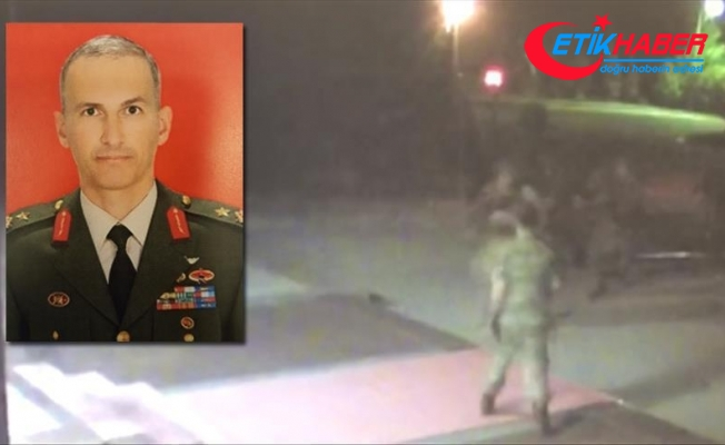 'Hain general' sınır geçişinin duvarla kapatılması talimatı vermiş