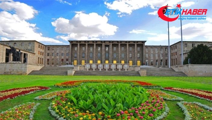 Meclise 15 Temmuz Anıtı dikiliyor