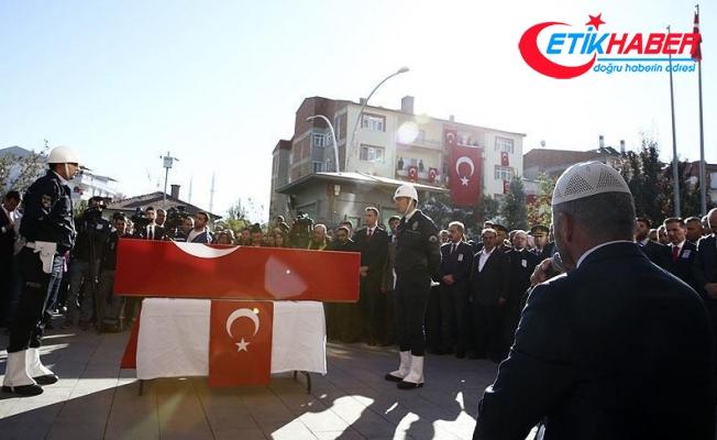 Şehit polis memuru Uz için Kahramankazan'da tören
