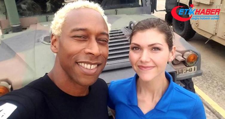 Amerikan Futbolu Oyuncusu, Eşini Boğazını Keserek Öldürdü