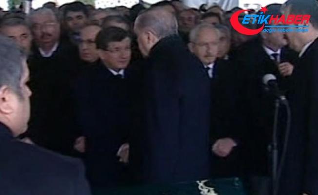 Cenazede soğuk rüzgarlar! Erdoğan elini sıkmadı