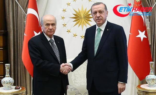 Erdoğan, Bahçeli ile telefonda görüştü