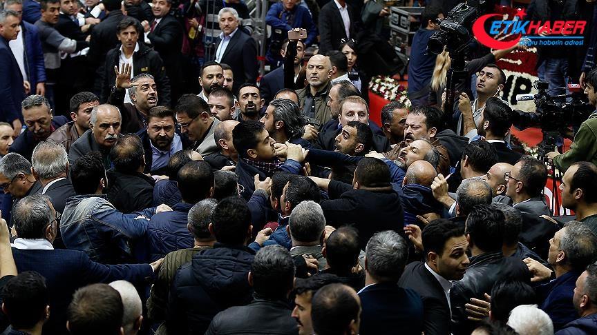 CHP İzmir İl Kongresi'nde gerginlik