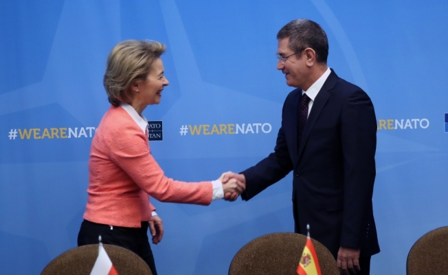 Milli Savunma Bakanı Canikli, İspanya ve İtalya Savunma Bakanlarıyla görüştü