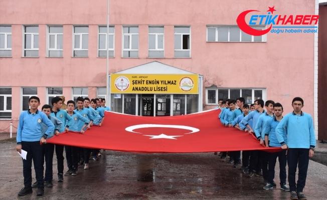 Kars'ta Mehmetçik'e destek