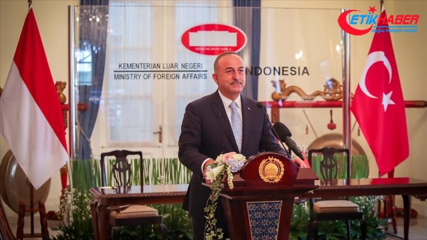 Dışişleri Bakanı Çavuşoğlu: Türkiye ve Endonezya'nın ticaret hacmini artırmak için iş birliğine ihtiyacı var