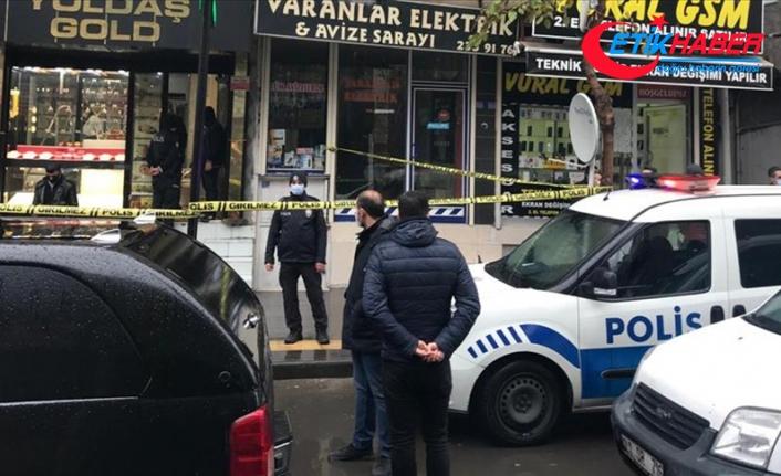 Diyarbakır'da kuyumcudaki soygun girişiminde iş yeri sahibi öldürüldü