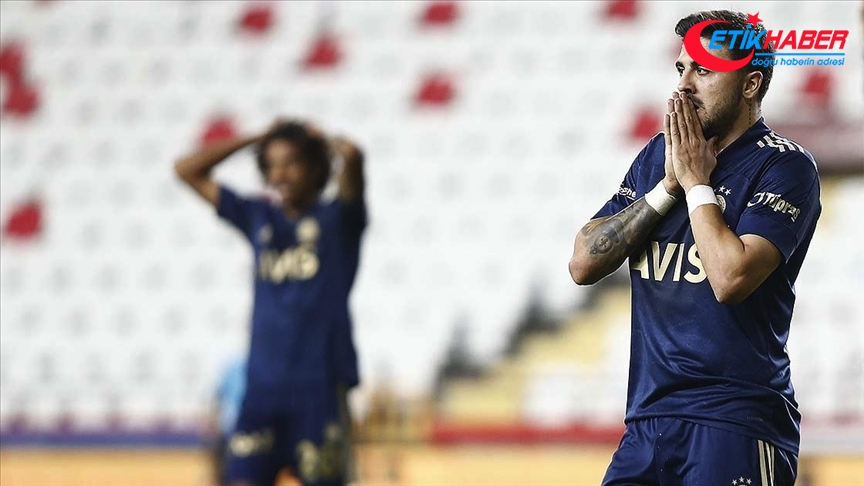 Fenerbahçeli milli futbolcu Ozan Tufan Kovid-19'a yakalandı