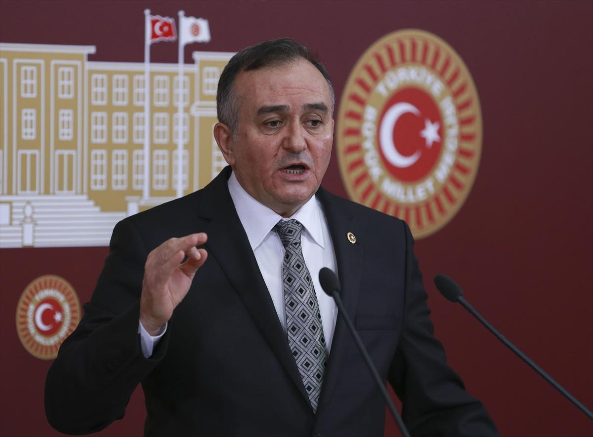 MHP'li Akçay: CHP, milleti geriyor