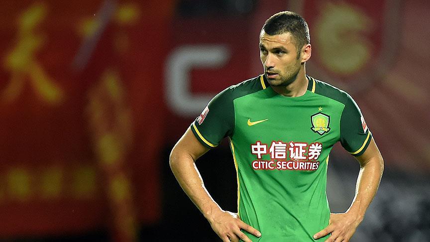 Beijing Guoan'ın Tianjin Teda karşısındaki ilk golü Burak Yılmaz'dan
