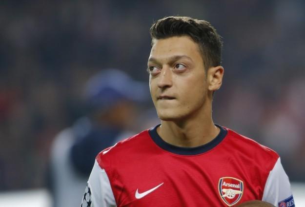Barcelona, Coutinho Transferi Olmazsa Arsenal'den Mesut'u Alacak