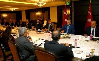 Erdoğan Hindistan'ın önde gelen iş adamları ile bir araya geldi