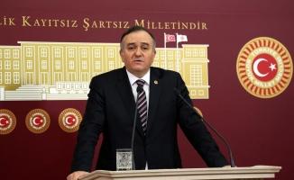 MHP'li Akçay: Para yoksa deniz de yok