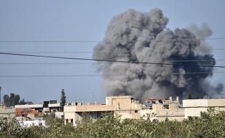 Suriye'nin Dera ilinde hava saldırısı: 10 ölü