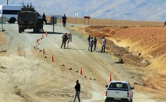 Diyarbakır-Bingöl karayoluna tuzaklanan patlayıcı imha edildi