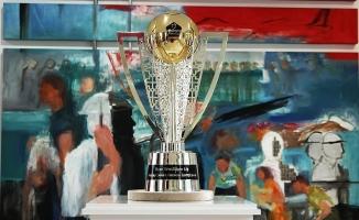 Şampiyonluk kupası Ankara'da sergilendi