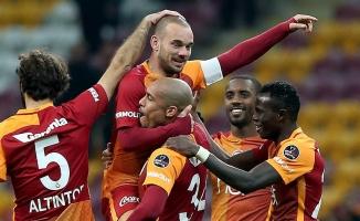 Sneijder, İstanbul'dan ayrıldı